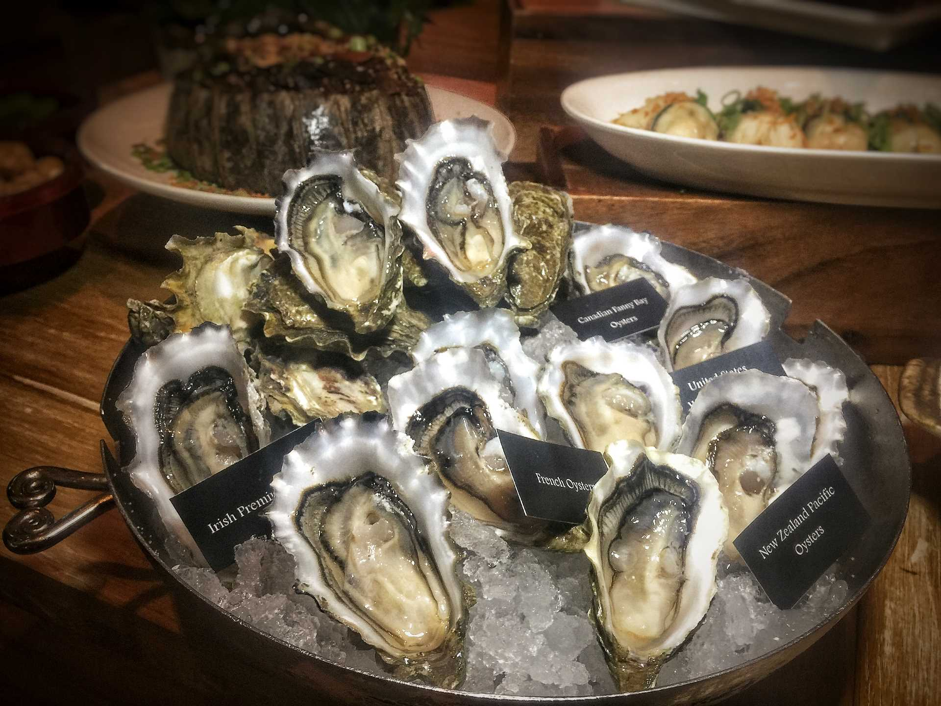 10 at Claymore - Oysters