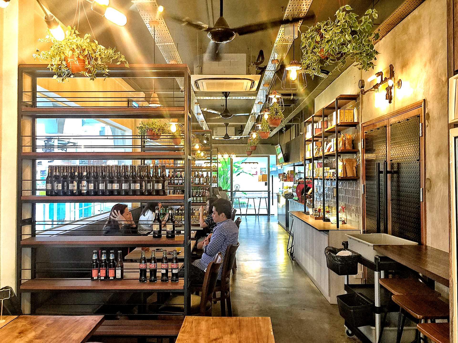 Captivating 70 craftsman cafe design decorating design of for Food bar cannington