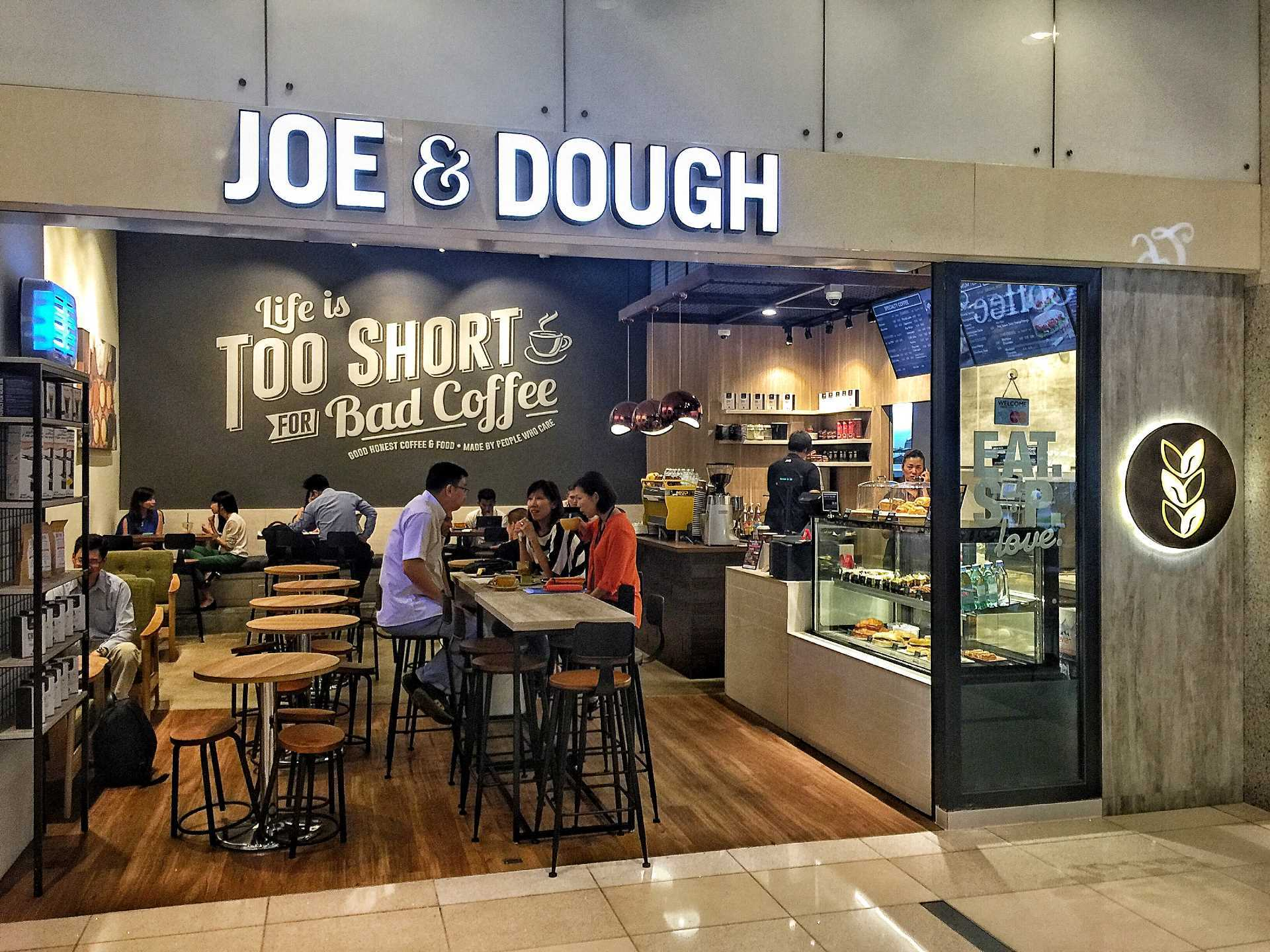 Joe & Dough @International Plaza